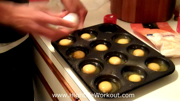 Fast Easy Way To Cook Eggs! Muscle Building Breakfast Meal - (Big Brandon Carter)