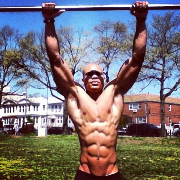 CARB CYCLING TO MAINTAIN MUSCLE MASS AND BURN FAT
